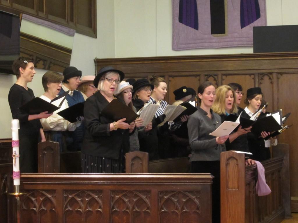 1915-choir-women